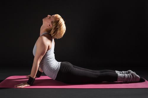 Tónusosabb és karcsúbb test? Hatékony gyakorlatok, amikre 15 perc elég