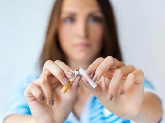 Le szeretnék szokni a dohányzásról. Mit tegyek? | Dr. Czompó Márta – Tüdőgyógyászat, Allergológia